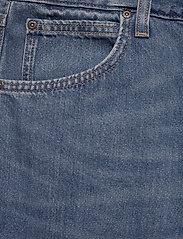 Lee Jeans - 5 POCKET SHORT - denim shorts - soft mid aliso - 2