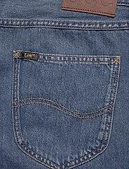 Lee Jeans - 5 POCKET SHORT - denim shorts - soft mid aliso - 4