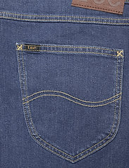 Lee Jeans - 5 POCKET SHORT - denim shorts - hawaii dark - 4