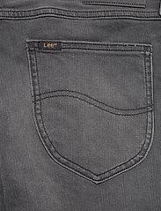 Lee Jeans - RIDER SHORT - farkkushortsit - moto worn in - 7