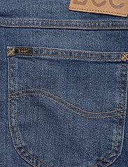 Lee Jeans - RIDER SHORT - denim shorts - hawaii mid - 4