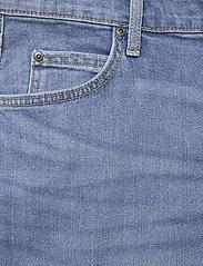Lee Jeans - RIDER SHORT - denim shorts - maui light - 2