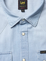 Lee Jeans - LEE RIDER SHIRT - basic shirts - summer blue - 2