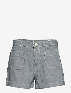 PATCH POCKET SHORT - denimshorts - hickory stripe