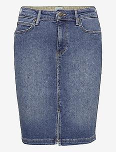 PENCIL SKIRT - denim skirts - mid worn martha