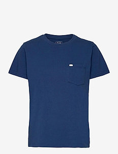 RELAXED POCKET TEE - t-shirts - washed blue