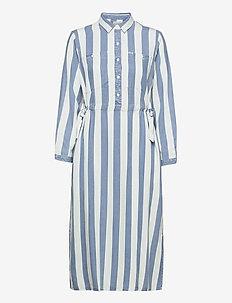 LONG WORKER DRESS - everyday dresses - dawn blue