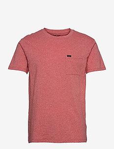 ULTIMATE POCKET TEE - basic t-shirts - aurora red