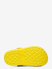 Leomil - Baby Shark clog - clogs - yellow - 4