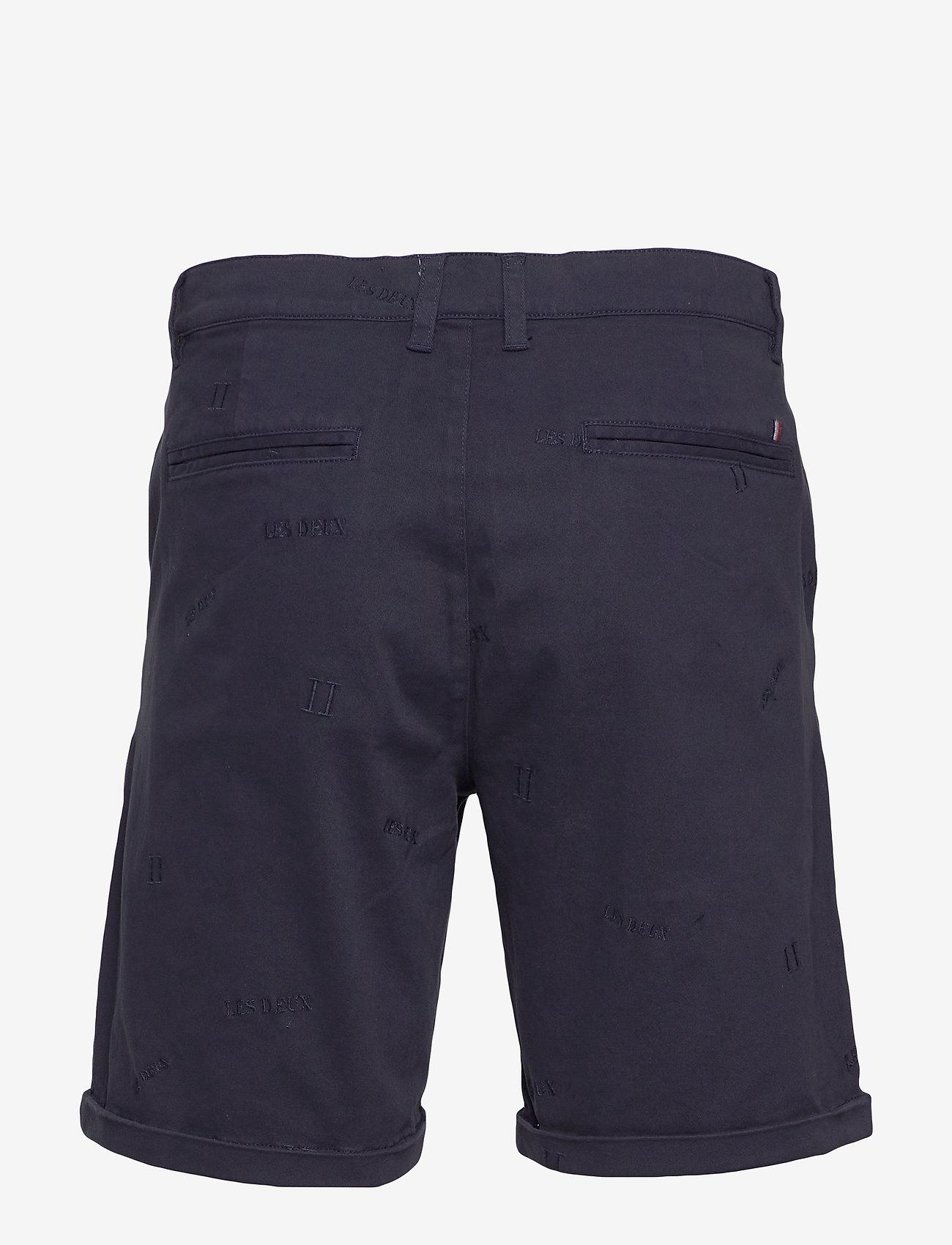 Les Deux - Pascal Embroidery Chino Shorts - chinos shorts - dark navy