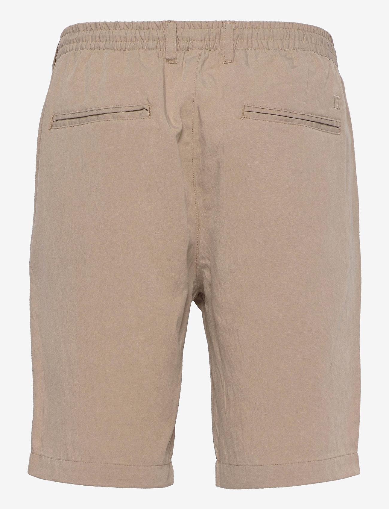 Les Deux - Pino Linen-Tencel Shorts - chino's shorts - dark sand - 1