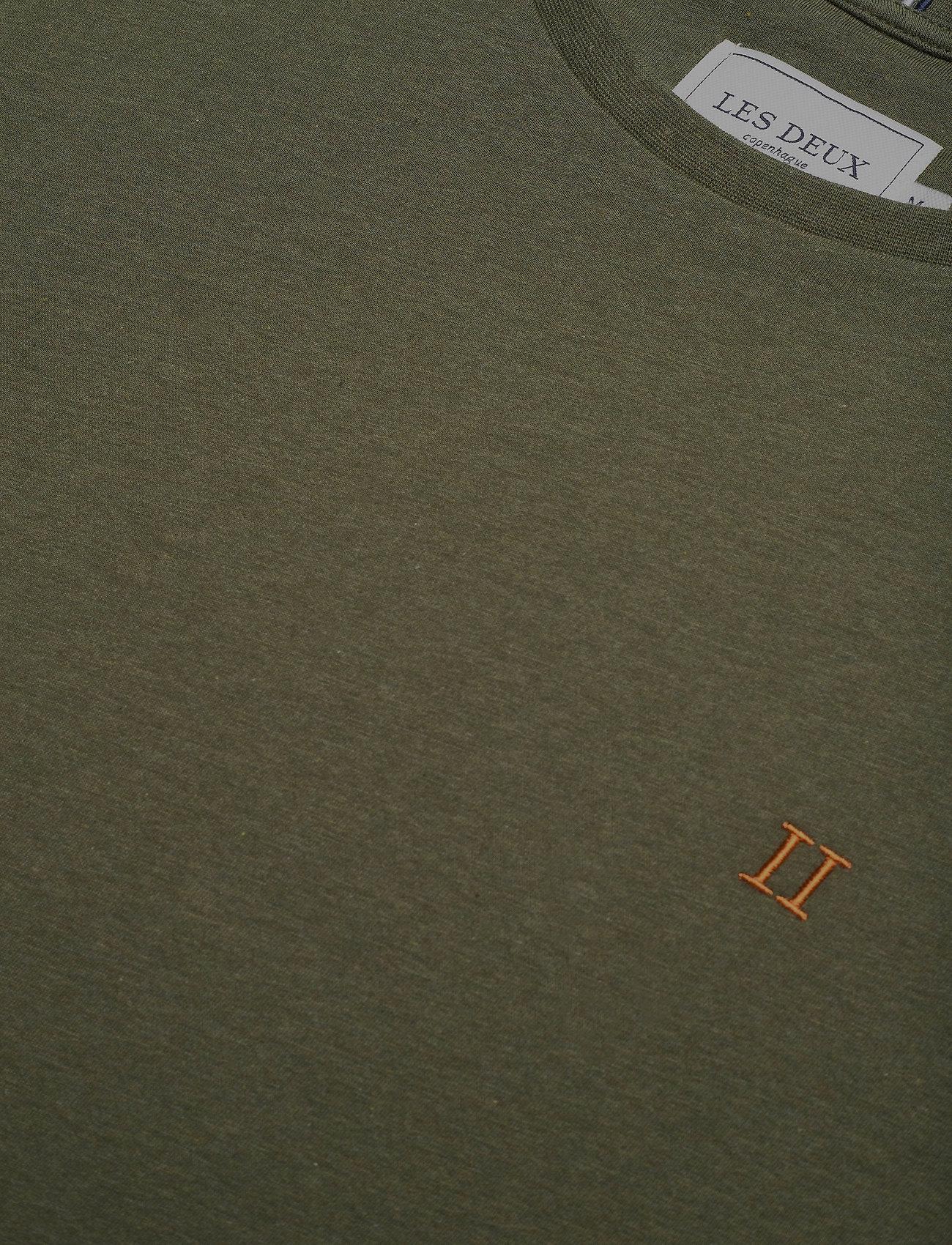 Les Deux Nørregaard T-Shirt - T-skjorter DARK GREEN MELANGE/ORANGE - Menn Klær