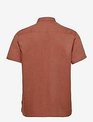 Les Deux - Leonardo Tencel Twill SS Shirt - chemises à carreaux - rust red - 1