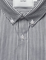 Les Deux - Lyon Seersucker SS Shirt - peruspaitoja - white/navy stripe - 2