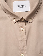 Les Deux - Leonardo Tencel Twill SS Shirt - chemises à carreaux - dark sand - 2