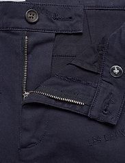 Les Deux - Pascal Embroidery Chino Shorts - chinos shorts - dark navy - 3