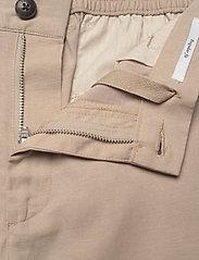 Les Deux - Pino Linen-Tencel Shorts - chino's shorts - dark sand - 3