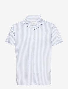 Simon Stripe ss  Poplin Shirt - kortærmede skjorter - dust blue/white
