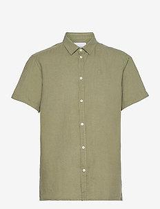 Lando Linen SS Shirt - basic skjorter - lichen green