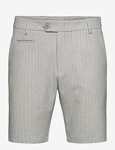 Como LIGHT Pinstripe Shorts - tailored shorts - grey melange/off white