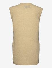 Levete Room - LR-CILLE - knitted vests - l311 - boulder - 1