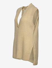 Levete Room - LR-CILLE - knitted vests - l311 - boulder - 2