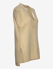 Levete Room - LR-CILLE - knitted vests - l311 - boulder - 3
