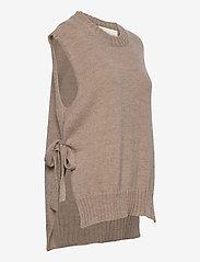 Levete Room - LR-GYMLA - knitted vests - l9825 - light beige melange - 3