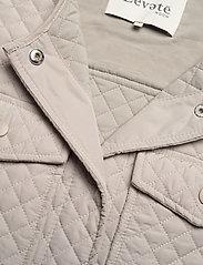 Levete Room - LR-MAGNOLIA - puffer vests - l901 - chateau gray - 2