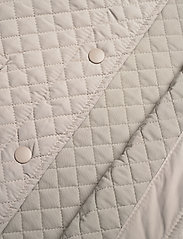 Levete Room - LR-MAGNOLIA - puffer vests - l901 - chateau gray - 3