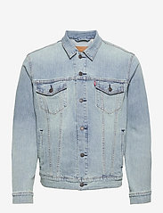 LEVI´S Men - THE TRUCKER JACKET COLDER THAN - vestes en jean - light indigo - worn in - 0