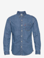 LEVI´S Men - SUNSET 1 PKT SLIM COTTON TENCE - denim shirts - med indigo - flat finish - 0