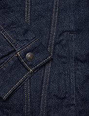LEVI´S Men - TYPE 3 SHERPA TRUCKER ROCKRIDG - denim jackets - med indigo - worn in - 4