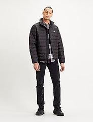 LEVI´S Men - PRESIDIO PACKABLE JACKET MINER - padded jackets - blacks - 0