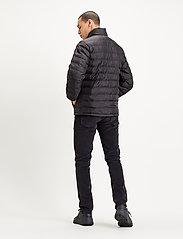 LEVI´S Men - PRESIDIO PACKABLE JACKET MINER - padded jackets - blacks - 4