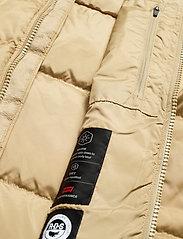 LEVI´S Men - FILLMORE SHORT JACKET HARVEST - padded jackets - neutrals - 7
