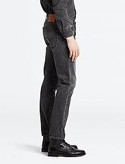 LEVI´S Men - 501 SLIM TAPER JUST GREY - regular jeans - greys - 5