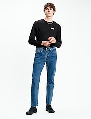 LEVI´S Men - 502 TAPER STONEWASH STRETCH T2 - regular jeans - med indigo - flat finish - 0