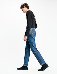 LEVI´S Men - 502 TAPER STONEWASH STRETCH T2 - regular jeans - med indigo - flat finish - 5