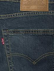 LEVI´S Men - 502 TAPER EAZY SHOCK GREEN - regular jeans - dark indigo - worn in - 4