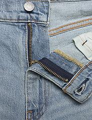 LEVI´S Men - 502 TAPER SHORTS 10 TOAST SHOR - denim shorts - light indigo - worn in - 3