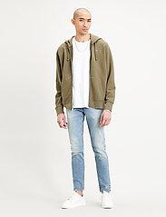 LEVI´S Men - NEW ORIGINAL ZIP UP OLIVE NIGH - basic sweatshirts - greens - 0