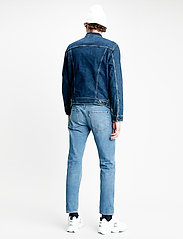 LEVI´S Men - THE TRUCKER JACKET MOON LIT TR - farkkutakit - dark indigo - flat finish - 3