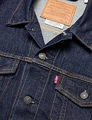 LEVI´S Men - THE TRUCKER JACKET ROCKRIDGE T - vestes en jean - med indigo - worn in - 2