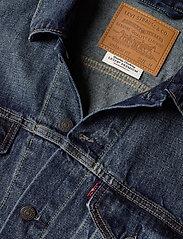 LEVI´S Men - VINTAGE FIT TRUCKER V. ROAMER - denim jackets - dark indigo - worn in - 2