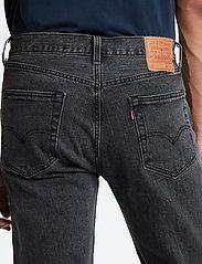 LEVI´S Men - 501 93 STRAIGHT RAISIN STONE - regular jeans - med indigo - worn in - 4