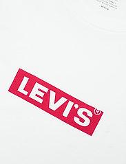 LEVI´S Men - BOXTAB GRAPHIC TEE BOXTAB SS T - basic t-shirts - neutrals - 2