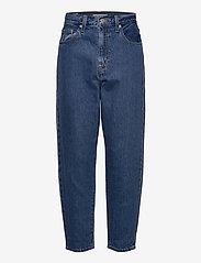LEVI´S Women - HIGH LOOSE TAPER HOLD MY PURSE - boyfriend jeans - med indigo - flat finish - 1