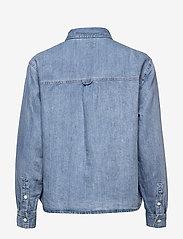 LEVI´S Women - OLSEN UTILITY SHIRT LOOSEY GOO - chemises en jeans - light indigo - worn in - 1