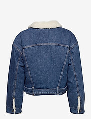 LEVI´S Women - COCOON BOMBER TRUCKER TAKE FLI - denimjakker - med indigo - worn in - 3